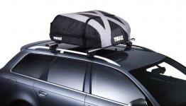 THULE Ranger 90 Faltbare Dachbox montiert auf Auto